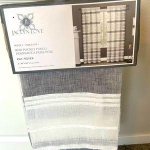 New Set of 2 Curtain Panels